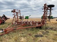 *36' Wilrich Field Cultivator