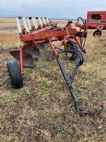 *770 IH 5-bottom plow