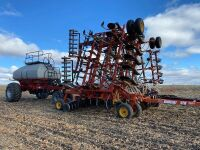 *2002 40' Bourgault 5710 Series II air drill