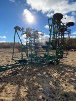 *58' JD 1050 field cultivator