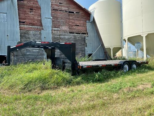 *2010 20' Silver Accent T/A 5th wheel flat deck trailer, VIN#2S9HSK2A0AR150039, Owner: Lourie R Woodhouse, Seller: Fraser Auction_____________ ***TOD***