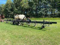 "*Elmers 16 row on 30"" 3PT folding wing row crop sprayer"