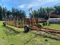 *70' Farm King hyd lift Diamond harrows