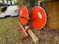 *Inland 2WH 3PT swath turning rake