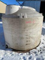 1250 gal poly tank