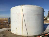 *1250-gal poly water tank