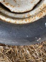 *8.5L-14 tire with 4-bolt rim